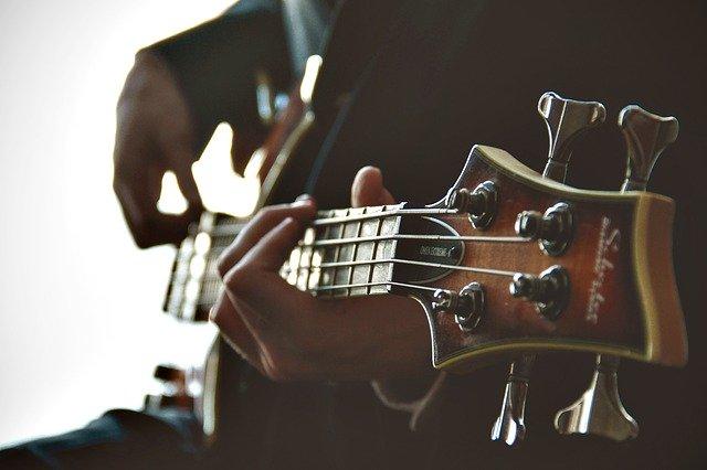 struny do gitary akustycznej