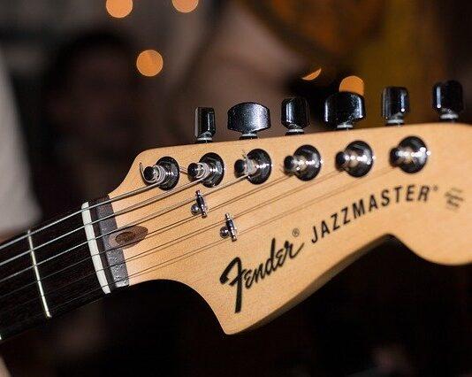 jakie struny do gitary akustycznej