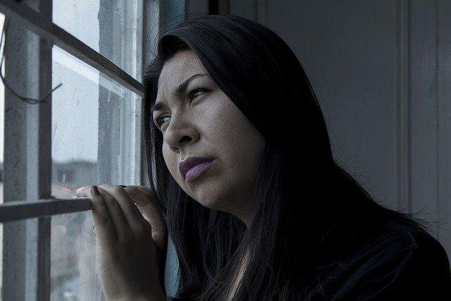 objawy zawału u kobiet