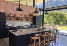 Kuchnia z salonem pod okiem projektanta wnętrz
