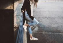 Siedzący tryb życia a ból nóg
