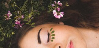 Jak oczyścić skórę twarzy